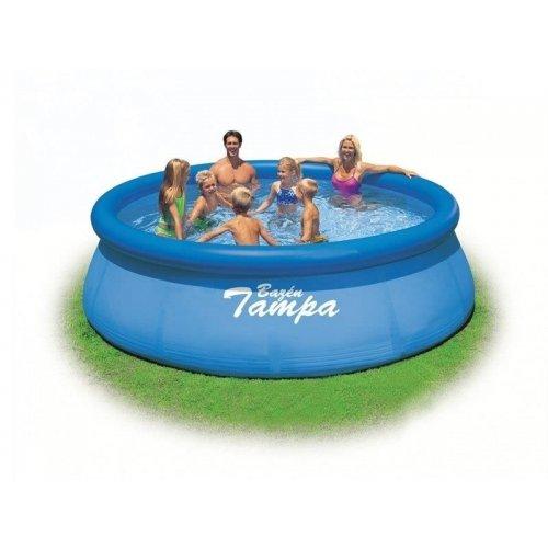 Připojte vakuovou hadici bazénu